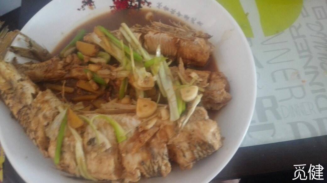 今天中餐有鱼又有肉-图2
