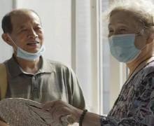 八旬老人斗癌魔,励志活到130岁